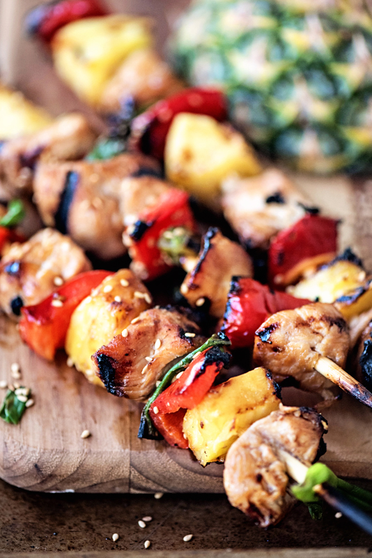 Hawaiian Pineapple Chicken Kabobs- the perfect warm-weather recipe ...